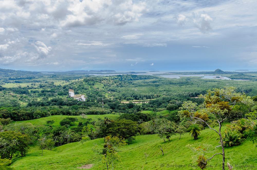 View of farmland &  Golfo de Chiriqui, Pacific Coast & Peninsula de Las Palmas; from road to El Nancito, Panama