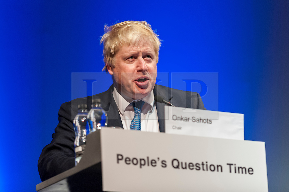 © Licensed to London News Pictures. 26/11/2015. London, UK. Mayor of London, Boris Johnson, speaks at People's Question Time, at the Beck Theatre, Hillingdon on Thursday 26th November 2015.  The twice yearly event gives Londoners the chance to question the Mayor and the London Assembly and find out about their plans and priorities for the city. Photo credit : Stephen Chung/LNP
