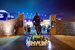 LIVERPOOL, ENGLAND - Monday, December 19, 2016: A statue of Dixie Dean outside Everton's Goodison Park stadium before the FA Premier League match against Liverpool, the 227th Merseyside Derby, at Goodison Park. (Pic by David Rawcliffe/Propaganda)