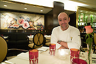 Argentina. Buenos Aires. chef Thierry PSZONKA , le sud restaurant of the Hotel SOFITEL Art deco palace building - built by Mr Mihanovitch - in Retiro area , 841arroyo street  / chef Thierry PSZONKA, le sud restaurant de hotel SOFITEL architecture ART DECO , dans la tour Mihanovitch rue arroyo  841 quartier de Retiro   Buenos Aires - Argentine  R033