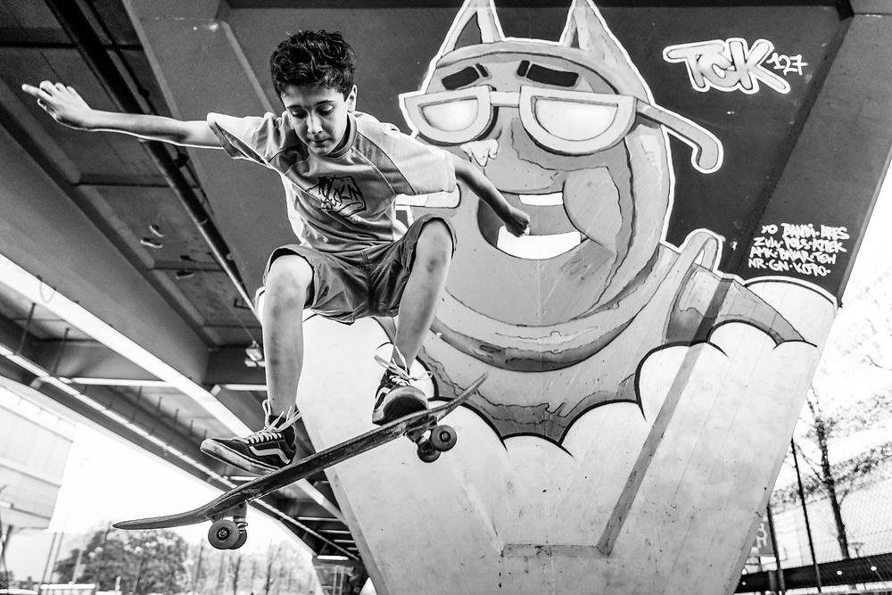 Un dimanche &agrave; Gen&egrave;ve.<br /> Jeune skateur au skatepark de La Praille, Gen&egrave;ve.<br /> 22 AVRIL, Gen&egrave;ve<br /> &copy; Nicolas Righetti /Lundi13.ch