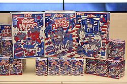 Cornflakes-Pakete mit Donald Trump und Hillary Clinton als Comic-Figuren auf der Verpackung bei der Wahlparty zur US-Wahlnacht 2016 in der Hauptstadtrepräsentanz der Bertelsmann SE & Co KGaA in Berlin<br /> <br /> / 081116<br /> <br /> *** Election Party at the Bertelsmann House in Berlin, Germany; November 8th, 2016 ***