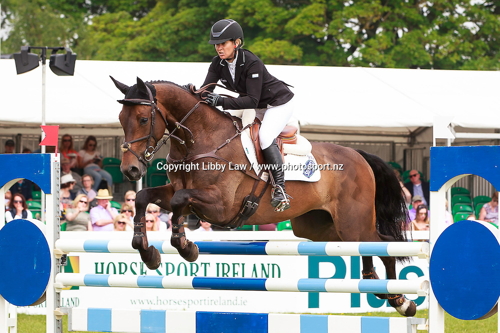 NZL-Jonelle Price (COOLEY SHOWTIME) FINAL-2ND: EVENTING IRELAND CCI2* SHOWJUMPING: 2016 IRL-Tattersalls International Horse Trial (Sunday 5 June) CREDIT: Libby Law COPYRIGHT: LIBBY LAW PHOTOGRAPHY
