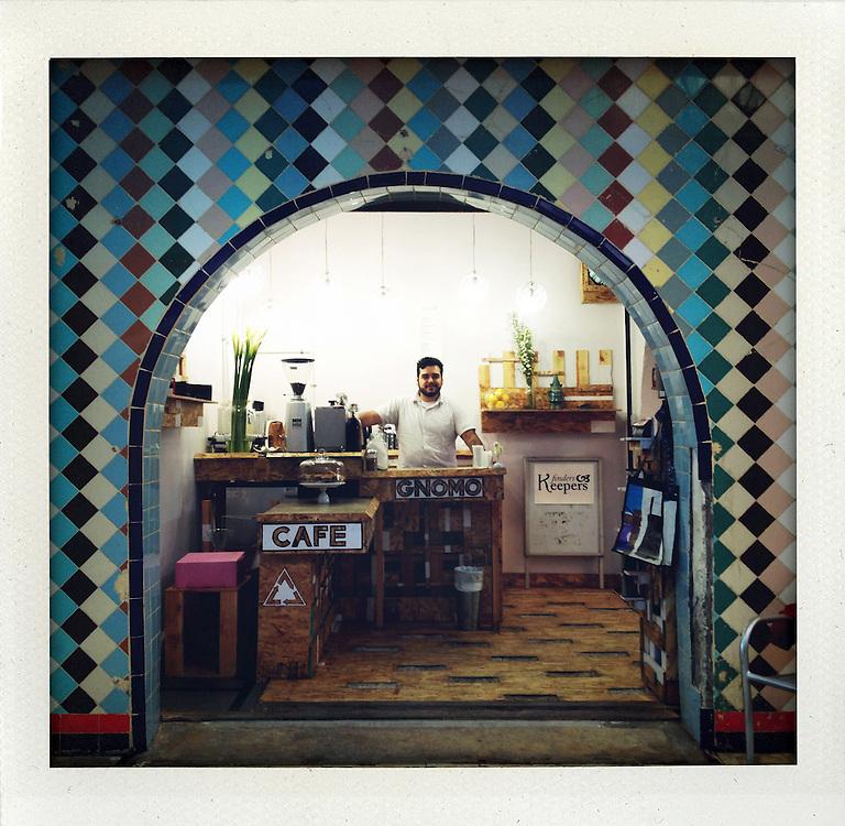 @ pasaje Gomez, Tijuana<br /> <br /> &copy; Stefan Falke<br /> www.stefanfalke.com