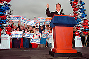 "Arcadia, CA, USA, Oct. 10th 2003: Arnold Schwarzenegger continued his ""California Comeback Express"" campaign tour troughout California in his attemt to perusade the californians to vote for recall of Gray Davis and elect the actor as the new Governor of California.<br /> <br /> <br /> <br /> At the Los Angeles Arboretum in Arcadia, Arnold greeting supporteres.<br /> <br /> <br /> <br />  *** Local Caption *** , posted on Corbis web ,"