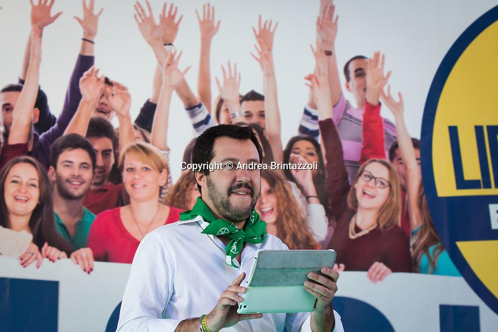 Bologna 08/11/2015 Manifestazione Lega Nord Liberiamoci e ripartiamo! <br /> Nella Foto: Matteo Salvini Segretario Lega Nord