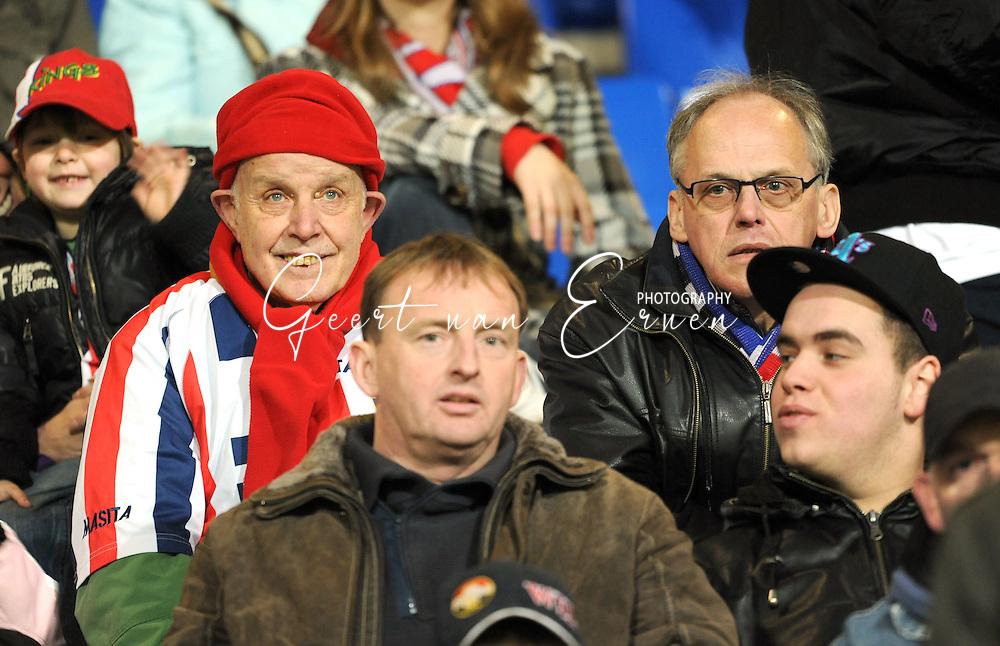 28-02-2009 Voetbal:Willem II:Heracles Almelo:Tilburg<br /> Een Willem II supporter die nog kan lachen <br /> Foto: Geert van Erven