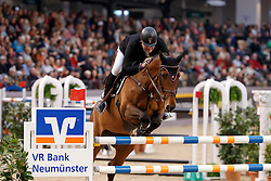 Vos Robert, NED, Carat<br /> Championship of Neumünster - Prize of Paul Schockemöhle Stud<br /> FEI World Cup Neumünster - VR Classics 2017<br /> © Hippo Foto - Stefan Lafrentz