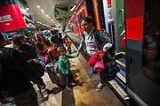 Frankfurt | Germany | 05.09.2015 : In der Nach vom 05. auf den 06. September kommen Fl&uuml;chtlinge mit Z&uuml;gen ins Rhein-Main-Gebiet oder haben hier einen Zwischenstopp auf dem Weg in andere Regionen. Ca. 100 Menschen aus verschiedenen Gruppierungen erwarten die Fl&uuml;chtlinge am Fernbahnhof des Flughafens. Fl&uuml;chtlinge aus einem Zug aus &Ouml;sterreich, die eigentlich bis Ingelheim durchfahren sollten, steigen am Flughafen aus und werden mit Hilfg&uuml;tern versorgt. Ein Teil der Gruppe entscheidet dann, in Frankfurt zu bleiben und wir von der Bundespolizei erfa&szlig;t und dann weiterverteilt.<br /> <br /> hier: <br /> <br /> 20150905<br /> Sascha Rheker<br /> <br /> [Inhaltsveraendernde Manipulation des Fotos nur nach ausdruecklicher Genehmigung des Fotografen. Vereinbarungen ueber Abtretung von Persoenlichkeitsrechten/Model Release der abgebildeten Person/Personen liegt/liegen nicht vor.] [No Model Release | No Property Release]