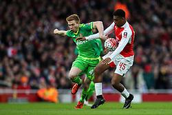 Alex Iwobi of Arsenal under pressure from Duncan Watmore of Sunderland - Mandatory byline: Jason Brown/JMP - 07966386802 - 09/01/2016 - FOOTBALL - Emirates Stadium - London, England - Arsenal v Sunderland - The Emirates FA Cup
