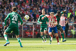 02.04.2016, Estadio San Mames, Bilbao, ESP, Primera Division, Athletic Club vs Real Betis, 31. Runde, im Bild Atletico de Madrid's Saul Niguez and Real Betis's Pezzella and N'Diaye // during the Spanish Primera Division 31th round match between Athletic Club and Real Betis at the Estadio San Mames in Bilbao, Spain on 2016/04/02. EXPA Pictures © 2016, PhotoCredit: EXPA/ Alterphotos/ Borja B.Hojas<br /> <br /> *****ATTENTION - OUT of ESP, SUI*****