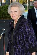 Koningsdagconcert bij Theater Flint in Amersfoort Bij het concert staat dit jaar de stem centraal. <br /> <br /> King's Day Concert at Theater Flint in Amersfoort The voice is central to the concert this year.<br /> <br /> Op de foto / On the photo:  Prinses Beatrix / Princess Beatrix