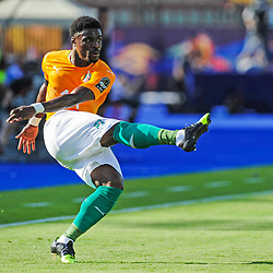 Serge Aurier of Ivory Coast gets his cross in during the 2019 Africa Cup of Nations Finals game between Ivory Coast and South Africa at Al Salam Stadium in Cairo, Egypt on 24 June 2019  <br /> Photo : Icon Sport