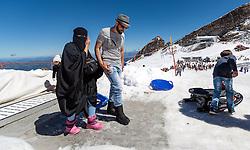 THEMENBILD - Arabische Touristen am Kitzsteinhorn Gletscher beim Rodeln bei der Ice Arena am Gletscher Plateau. Jedes Jahr besuchen mehrere Tausend Gäste aus dem arabischen Raum die Urlaubsregion im Salzburger Pinzgau, aufgenommen am 08. August 2016 in Zell am See, Österreich // Arab tourists tobogganing on the Kitzsteinhorn glacier at the Ice Arena on the glacier plateau. Every year thousands of guests from Arab countries takes their holiday in Zell am See - Kaprun Region, Zell am See, Austria on 2016/08/08. EXPA Pictures © 2016, PhotoCredit: EXPA/ JFK