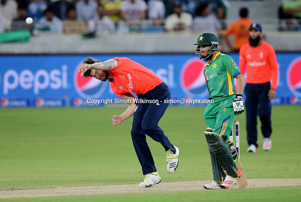 PICTURE BY MARK GREEN/SWPIX.COM  Pakistan v England 1st T20, Dubai Internayional Stadium, UAE, 26/11/15 <br /> England bowler Reece Topley finished with figures of 3 wickets for 24 runs