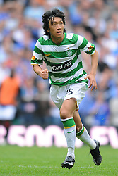 SHUNSUKE NAKAMURA.GLASGOW CELTIC FC.CELTIC V RANGERS.CELTIC PARK, GLASGOW, SCOTLAND.31 August 2008.DIV85003..  .WARNING! This Photograph May Only Be Used For Newspaper And/Or Magazine Editorial Purposes..May Not Be Used For, Internet/Online Usage Nor For Publications Involving 1 player, 1 Club Or 1 Competition,.Without Written Authorisation From Football DataCo Ltd..For Any Queries, Please Contact Football DataCo Ltd on +44 (0) 207 864 9121