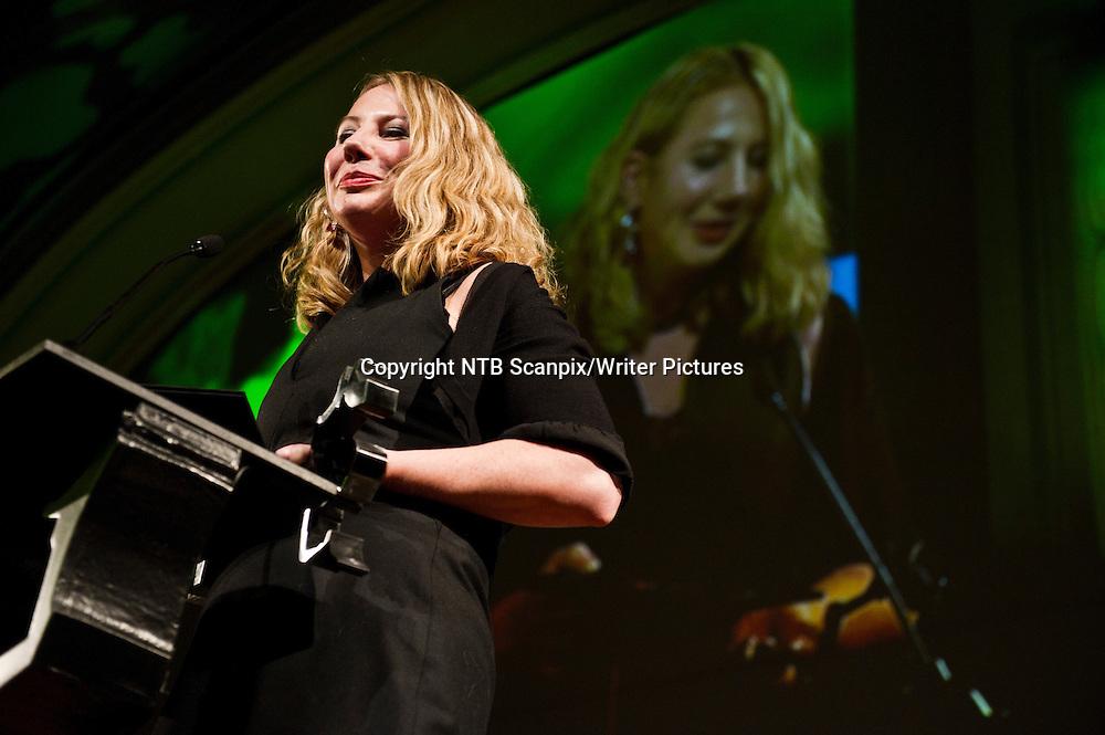 Oslo  20101123. Hilde K. Kvalvaag vant Brageprisen 2010 i kategorien beste barne- og ungdomslitteratur med boka &quot;Fengsla&quot;.<br /> Foto: Aleksander Andersen / Scanpix .<br /> <br /> NTB Scanpix/Writer Pictures<br /> <br /> WORLD RIGHTS, DIRECT SALES ONLY, NO AGENCY