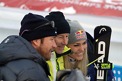 10.02.2019, WM Strecke, Aare, SWE, FIS Weltmeisterschaften Ski Alpin, Abfahrt, Damen, im Bild Treffen der Ski Legenden: von links Bode Miller, Ingemar Stenmark und Lindsey Vonn // Treffen der Ski Legenden: von links Bode Miller, Ingemar Stenmark und Lindsey Vonn reacts after her run in the ladie's Downhill competition of FIS Ski World Championships 2019. WM Strecke in Aare, Sweden on 2019/02/10. EXPA Pictures © 2019, PhotoCredit: EXPA/ SM<br /> <br /> *****ATTENTION - OUT of GER*****