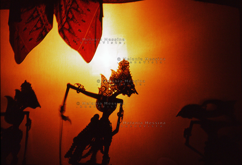 Indonesia, Java island: performances of shadow puppet theatre.<br />