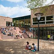 Onze Wereld, Christelijke Basisschool, ontwerp en realisatie Van den Berg architecten