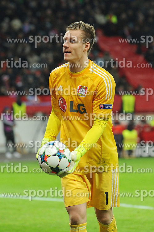 25.02.2015, BayArena, Leverkusen, GER, UEFA EL, Bayer 04 Leverkusen vs Atletico Madrid, 1. Runde, R&uuml;ckspiel, im Bild Torhueter Bernd Leno ( Bayer 04 Leverkusen ) // during the UEFA Europa League 1st Round, 2nd Leg match between Bayer 04 Leverkusen and Atletico Madrid at the BayArena in Leverkusen, Germany on 2015/02/25. EXPA Pictures &copy; 2015, PhotoCredit: EXPA/ Eibner-Pressefoto/ Thienel<br /> <br /> *****ATTENTION - OUT of GER*****