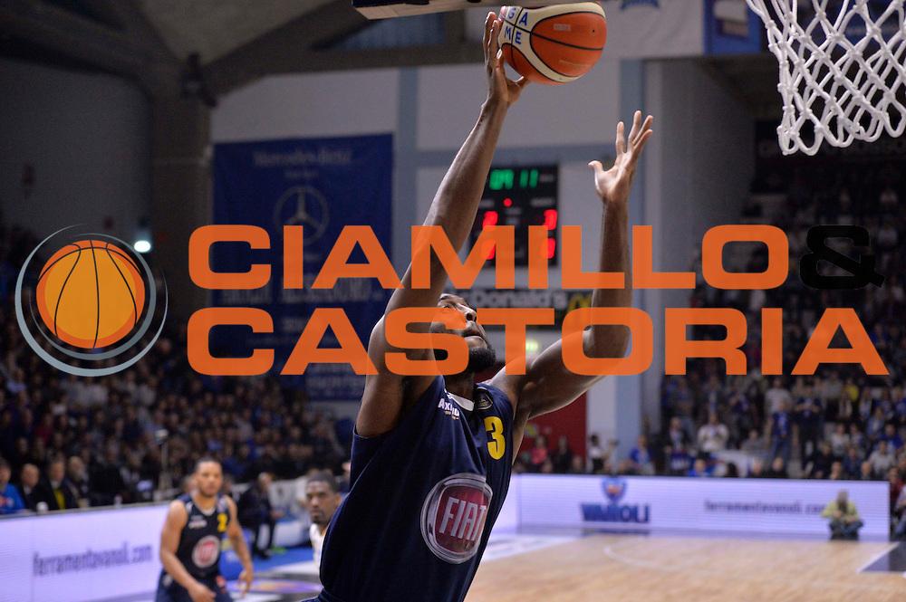 DJ White<br /> Vanoli Cremona - Fiat Auxilium Torino<br /> Lega Basket Serie A 2016/2017<br /> Cremona, 12/02/2017<br /> Foto Ciamillo-Castoria