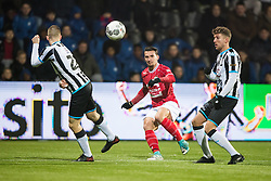 (L-R) Reuven Niemeijer of Heracles Almelo, Jordy Croux of Willem II, Peter van Ooijen of Heracles Almelo during the Dutch Eredivisie match between Heracles Almelo and Willem II Tilburg at Polman stadium on February 10, 2018 in Almelo, The Netherlands
