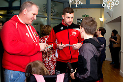 Frank Fielding of Bristol City meets children during Bristol City's visit to the Children's Hospice South West at Charlton Farm - Mandatory by-line: Robbie Stephenson/JMP - 21/12/2016 - FOOTBALL - Children's Hospice South West - Bristol , England - Bristol City Children's Hospice Visit