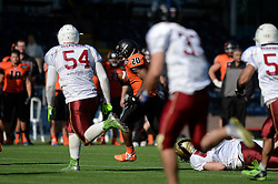 Netherlands break away in attack as they play Russia in the IFAF European Championship at the Sixways Stadium - Photo mandatory by-line: Dougie Allward/JMP - 18/09/2016 - American Football - Sixways Stadium - Worcester, England - Netherlands v Russia - IFAF European Championship