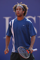 MONTE-CARLO, MONACO - Wednesday, April 16, 2003: James Blake in action on centre court during the 2nd Round of the Tennis Masters Monte-Carlo. (Pic by David Rawcliffe/Propaganda)