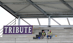 General view as builders on the New Somerset Pavilion watch during Day Two. - Photo mandatory by-line: Harry Trump/JMP - Mobile: 07966 386802 - 27/04/15 - SPORT - CRICKET - LVCC Division One - County Championship - Somerset v Middlesex - Day 2 - The County Ground, Taunton, England.