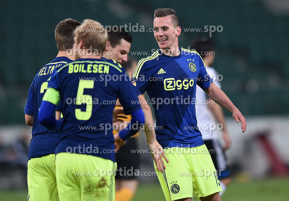 26.02.2015, Pepsi Arena, Warschau, POL, UEFA EL, Legia Warschau vs Ajax Amsterdam, 1. Runde, R&uuml;ckspiel, im Bild BRAMKA GOL RADOSC 0-2 NICK VIERGEVER ARKADIUSZ AREK MILIK // during the UEFA Europa League 1st Round, 2nd Leg match between Legia Warschau and Ajax Amsterdam at the Pepsi Arena in Warschau, Poland on 2015/02/26. EXPA Pictures &copy; 2015, PhotoCredit: EXPA/ Newspix/ LUKASZ LASKOWSKI<br /> <br /> *****ATTENTION - for AUT, SLO, CRO, SRB, BIH, MAZ, TUR, SUI, SWE only*****