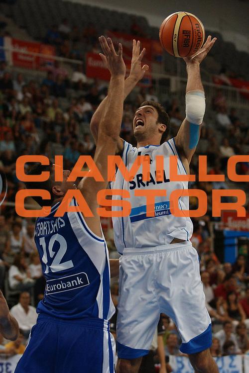 DESCRIZIONE : Granada Spagna Spain Eurobasket Men 2007 Israele Grecia Israel Greece <br /> GIOCATORE : Yaniv Green <br /> SQUADRA : Israele Israel <br /> EVENTO : Eurobasket Men 2007 Campionati Europei Uomini 2007 <br /> GARA : Israele Grecia Israel Greece <br /> DATA : 03/09/2007 <br /> CATEGORIA : Tiro <br /> SPORT : Pallacanestro <br /> AUTORE : Ciamillo&amp;Castoria/A.Vlachos <br /> Galleria : Eurobasket Men 2007 <br /> Fotonotizia : Granada Spagna Spain Eurobasket Men 2007 Israele Grecia Israel Greece <br /> Predefinita :