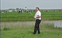 ZAANDAM - Henk Koster op de Zaanse Golfclub. FOTO KOEN SUYK