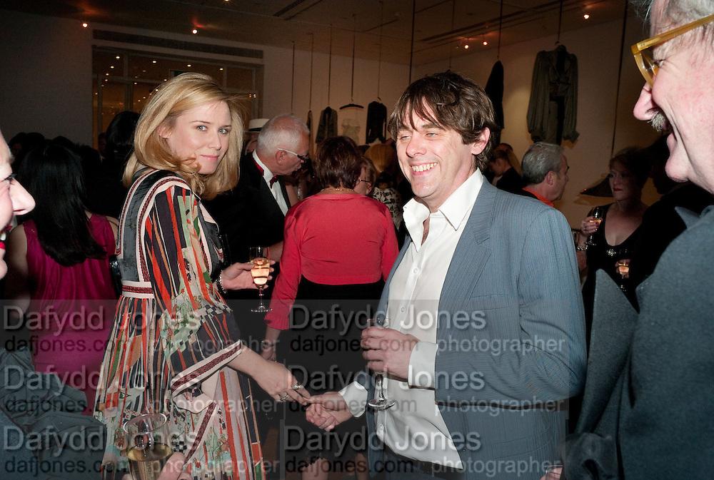 ROISIN MURPHY; SIMON HENWOOD, The Royal College of Art Fashion Gala. Kensington Gore. London. 11 June 2009.