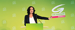 18.05.2017, Wien, AUT, Grüne, Klubobfrau Eva Glawischnig gab bei einer Pressekonfernz am 18.05.2016 um 10:00 Uhr ihren Rücktritt bekannt. im Bild Archivbild Grüne Klubobfrau Eva Glawischnig am 21.04.2017 bei einem erweiterten Bundesparteivorstand in Wien // FILEPHOTO of Leader of the parliamentary group the greens Eva Glawischnig <br /> during board meeting of the greens in Vienna, Austria on 2017/04/21. Leader of the parliamentary group Eva Glawischnig (greens) resigned on 2017/05/18 from all political duties. EXPA Pictures © 2017, PhotoCredit: EXPA/ Michael Gruber