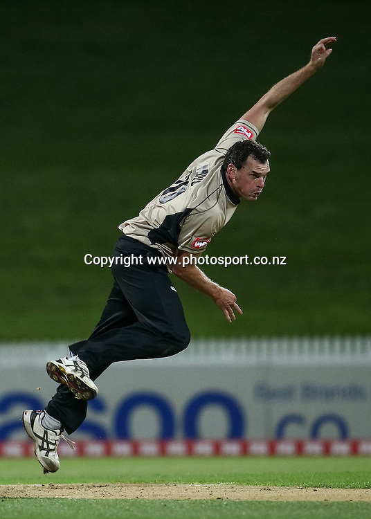 North Island captain Kyle Mills bowling during the Island of Origin T20 cricket game - North v South, 31 October 2014 played at Seddon Park, Hamilton, New Zealand on Friday 31 October 2014.  Photo: Bruce Lim / www.photosport.co.nz