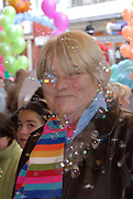 Premiere van Nanny McPhee in Tuschinski Amsterdam in aanwezigheid van Emma Thompson en Colin Firth .<br /> <br /> <br /> <br /> Premiere of Nanny McPhee in Tuschinski Amsterdam in the presence of Emma Thompson and Colin Firth<br /> <br /> <br /> <br /> Op de foto / On the photo:<br /> <br /> <br /> <br /> Nelly Frijda