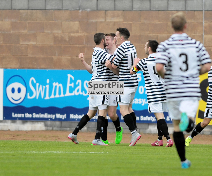Anthony Ralston (Queen's Park, 2, black &amp; white) scores to make it 1:2<br /> <br /> Stirling Albion v Queen's Park, SPFL League 2, 26th September 2015<br /> <br /> (c) Alex Todd | SportPix.org.uk