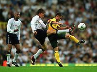 Fotball. Treningskamp. 07.08.2002.<br /> Tottenham v Celtic.<br /> Darren Anderton, Tottenham.<br /> Shaun Maloney, Celtic.<br /> Foto: Matthew Impey, Digitalsport