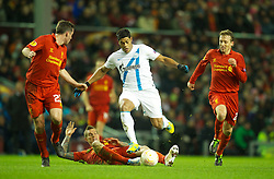 21.02.2013, Anfield, Liverpool, ENG, UEFA Europa League, FC Liverpool vs Zenit St. Petersburg, im Bild FC Zenit St Petersburg's Givanildo Vieira de Souza 'Hulk' bursts through the Liverpool defence during UEFA Europa League match between Liverpool FC and Zenit St. Petersburg at Anfield, Liverpool, Great Britain on 2013/02/21. EXPA Pictures © 2013, PhotoCredit: EXPA/ Propagandaphoto/ David Rawcliffe..***** ATTENTION - OUT OF ENG, GBR, UK *****