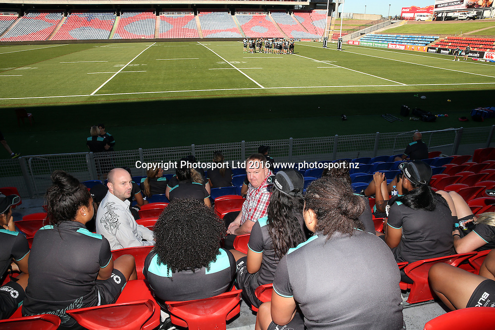 Kiwi Ferns watch the Kiwis warm up with GJ Gardner sponsors<br /> Trans Tasman Test Match Press Conference and NZRL Kiwi Captains Training for the test match at Hunter Stadium, Newcastle Australia. Thursday 5 May 2016. Photo: Paul Seiser / www.photosport.nz