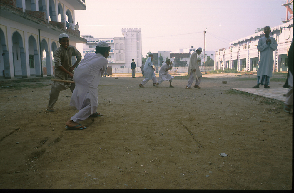 photo : Nadav Neuhaus..root of the Taliban.India , October2001...Darul-uloom-Deoband based at Saharanpur, 300 km north west of Indian capital New Delhi in Uttar Pradesh state..children playing in the yard