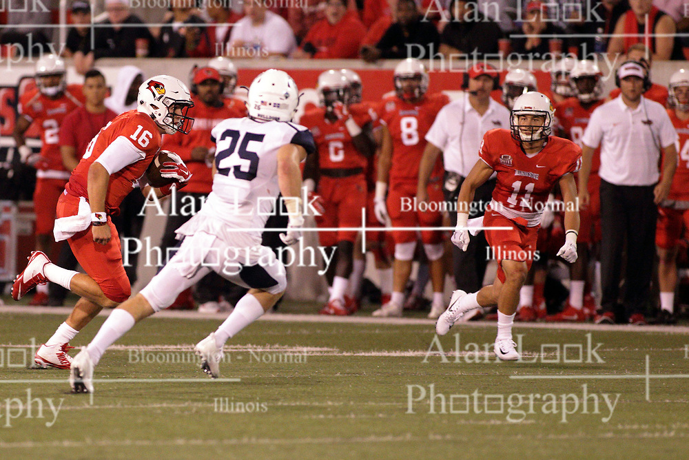 02 September 2017:   Jake Kolbe sprints left on an option play and looks to Spencer Schnell to provide a block on defender Isaak Newhouse during the Butler Bulldogs at  Illinois State Redbirds Football game at Hancock Stadium in Normal IL (Photo by Alan Look)