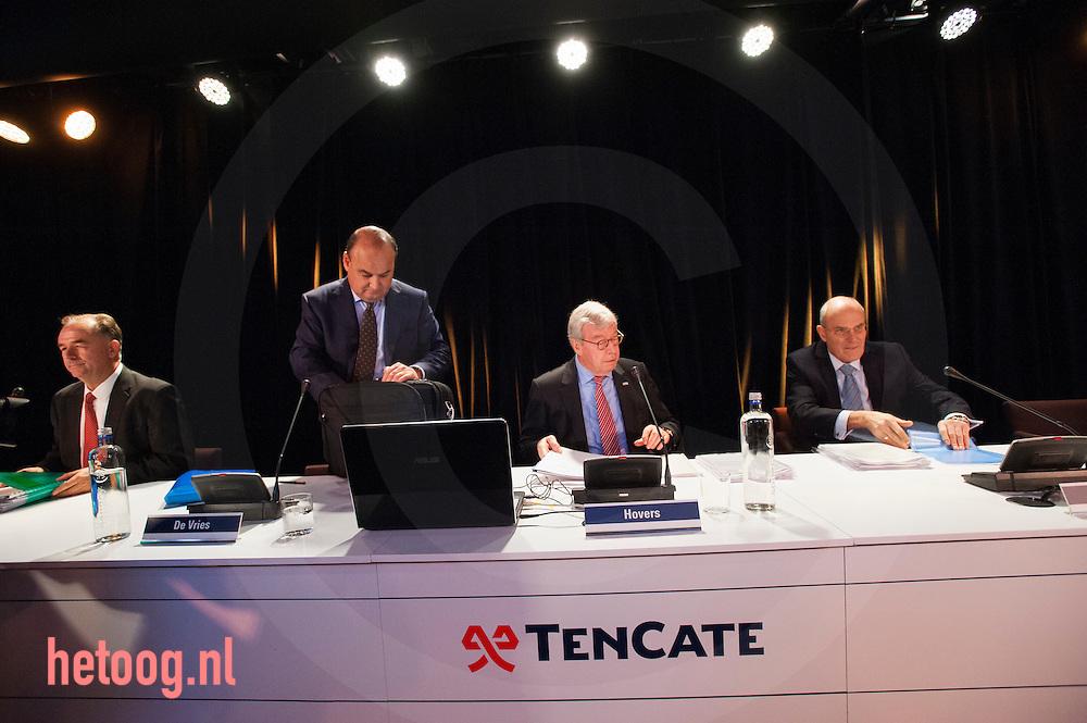 netherlands, Almelo Polmanstadion 07dec2015  Loek de Vries , hartman (r) en voorzitter Hovers (Bijzondere aandeelhouders vergadering van  Ten Cate almelo over de omstreden overname door Gilde en partners.
