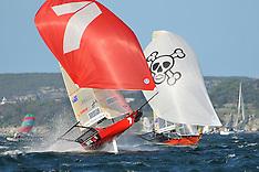 2010 - 18 FOOT JJ GILTINAN - SYDNEY