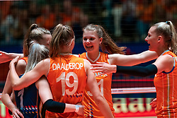30-05-2019 NED: Volleyball Nations League Netherlands - Poland, Apeldoorn<br /> /Eline Timmerman #31 of Netherlands, Indy Baijens #16 of Netherlands