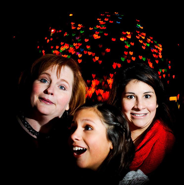 12/7/11 9:16:07 PM --  Medrano family photo shoot. December 7, 2011. Photo©Bahram Mark Sobhani