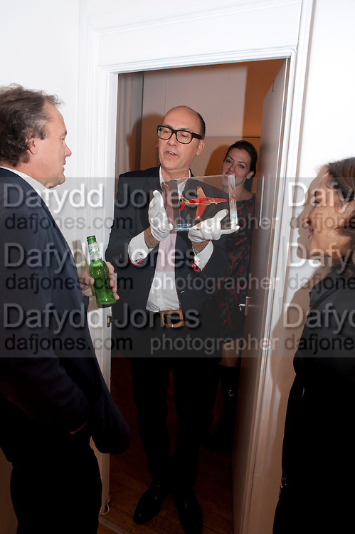 PAUL WILLIAMS; ROBERT DEVCIC; MARINA WALLACE, Relics of the Mind.- Private view of work by Katharine Dowson. GV Art, 49 Chiltern st. London. W1. 16 September 2010. -DO NOT ARCHIVE-© Copyright Photograph by Dafydd Jones. 248 Clapham Rd. London SW9 0PZ. Tel 0207 820 0771. www.dafjones.com.