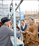 Koningin M&aacute;xima tijdens een werkbezoek aan Dutch Design Week (DDW) in Eindhoven.<br /> 	<br /> Queen M&aacute;xima during a working visit to Dutch Design Week (DDW) in Eindhoven.